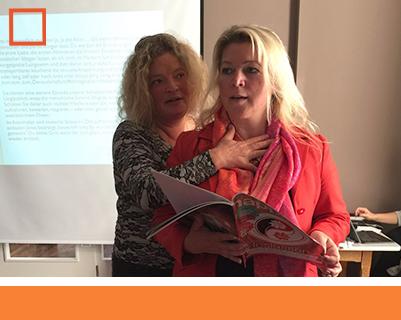 Bild Anja Glüsing mit Schülerin